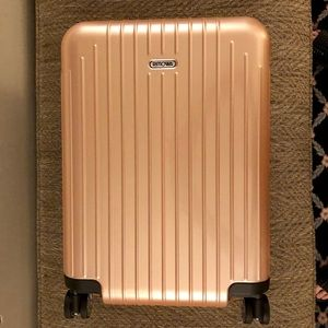 Rimowa Salsa Air Ltd Edition Rose Gold Carry-on!